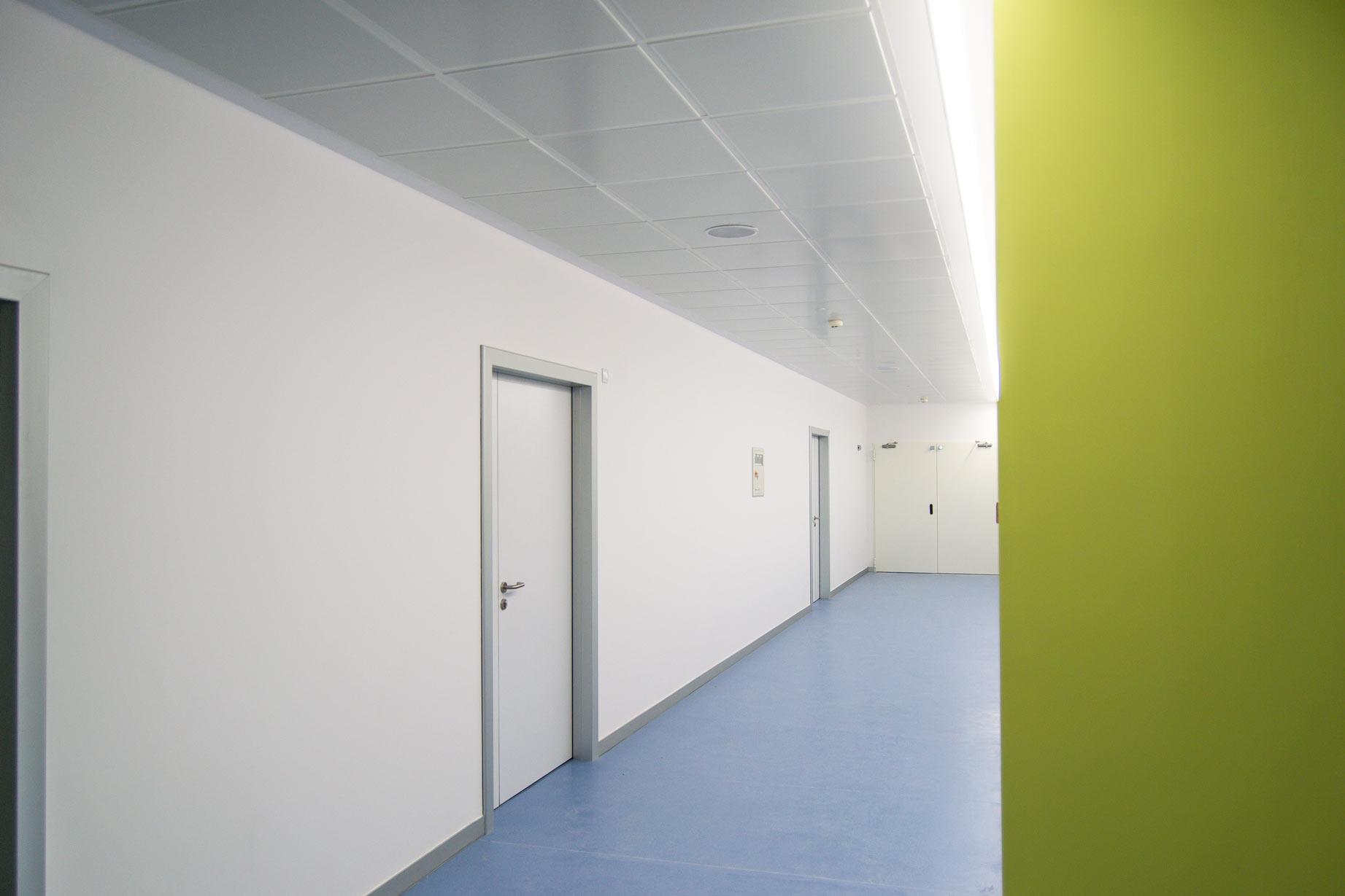 reformas viamed pasillo nuevas salas dilatacion paritorio